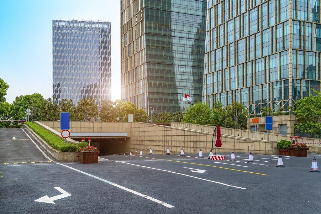 Financial District Plaza Parking