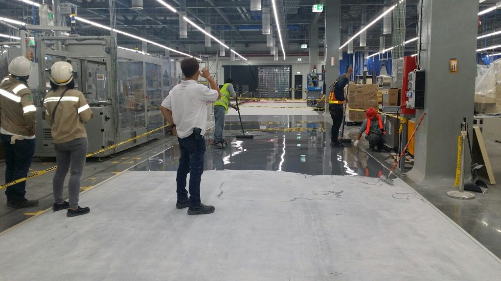 How To Choose The Best Industrial Flooring Solution