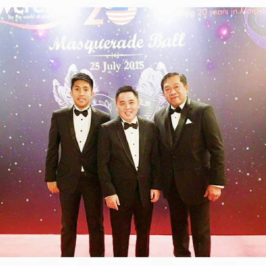 IIPI President With Flowcrete Philippines Country Manager And Flowcrete Asia Managing Director